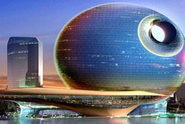 Architektura organiczno-kosmiczna. Death Star Lunar Hotel w Baku.